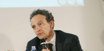 Marc Lazar is a political historian, a sociologist and a specialist in Italian history.